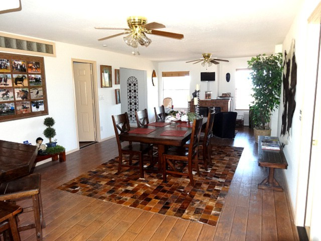 Guest house_DINING - tv ROOM-8